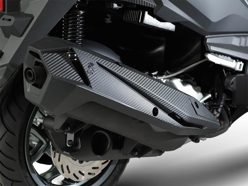 Rear Suspension with New Style Muffler
